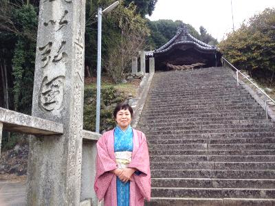 初詣する門田洋子